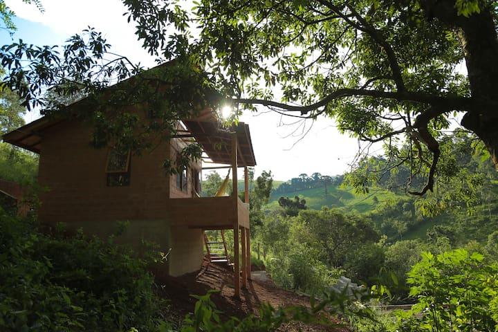 Joanópolis的民宿