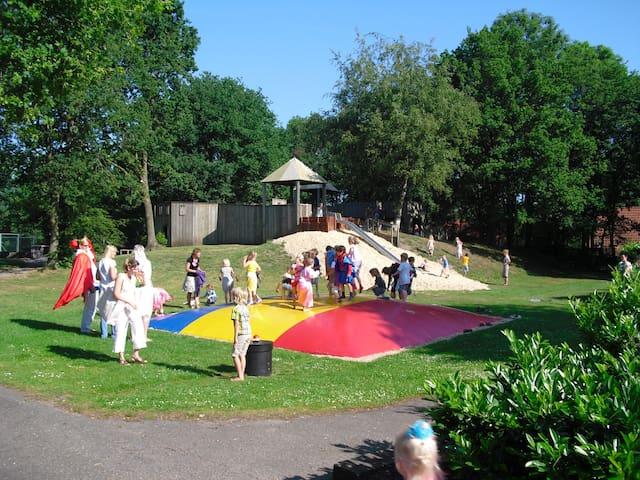 Safaritent op Vakantiepark het Timmerholt, NL
