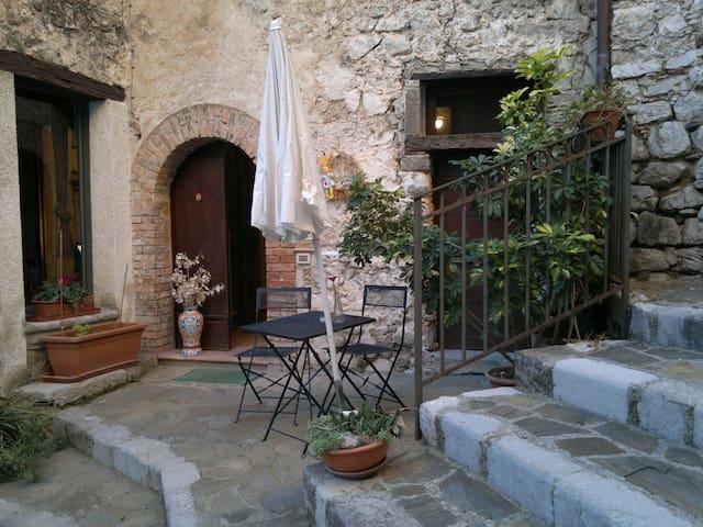 Monteforte Cilento的民宿