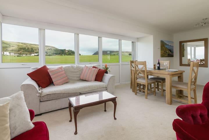 Scenic View Apartment