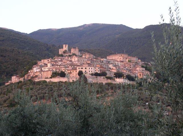 Roccantica的民宿