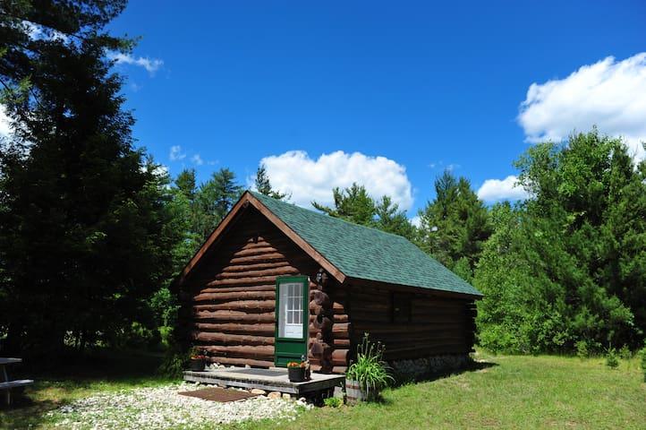 Schroon Lake的民宿