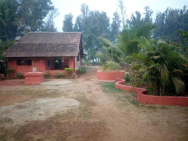 Ganpatipule,Ratnagiri的民宿