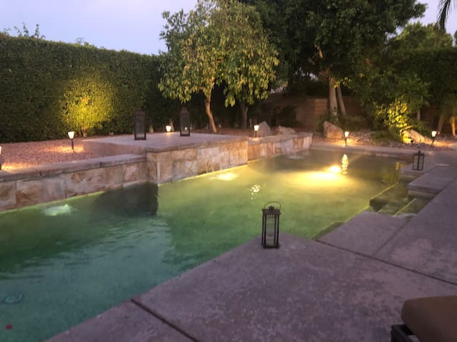 A Classy Clean Casita enjoy the Pool & Heated Spa