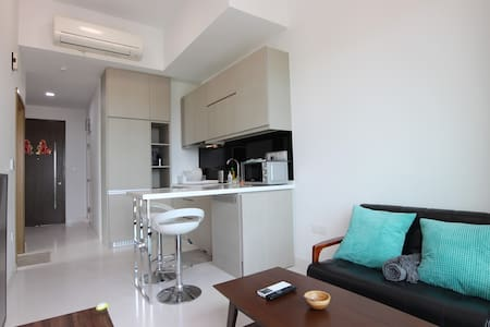 BRAND NEW 2 bedroom at West Coast/Clementi /Jurong