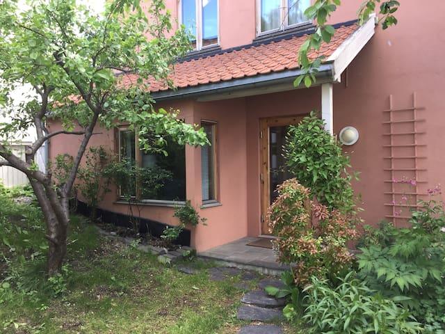 Cozy apt. in charming, quiet area in central Oslo