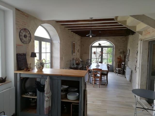 Villefranche-du-Queyran的民宿