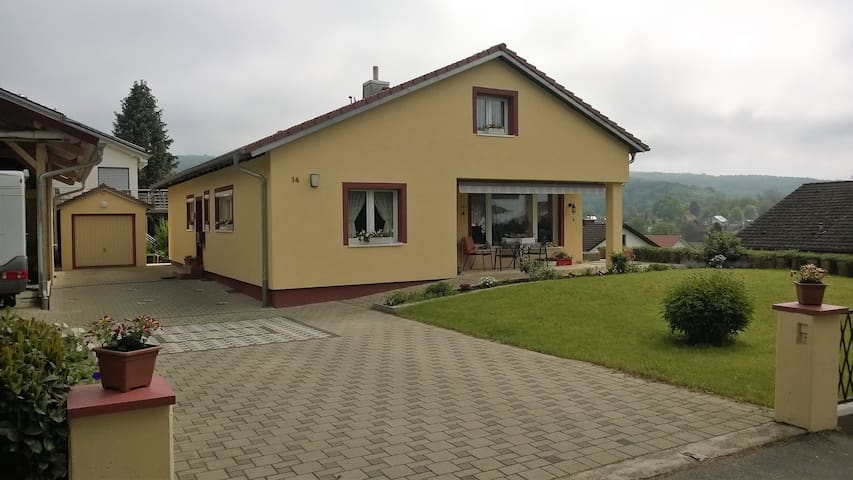 Ruhige Wohnung in Emmendingen nahe Freiburg /Schw.
