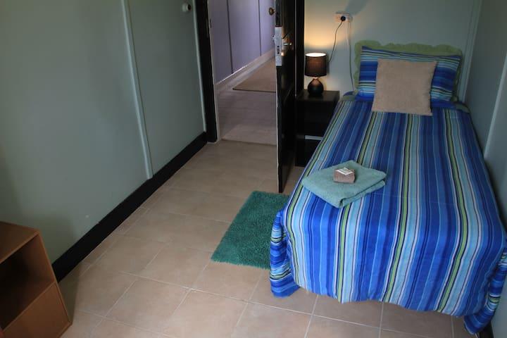 Silo Art, Lake Tyrrell, The Woomelang Hotel Room 7