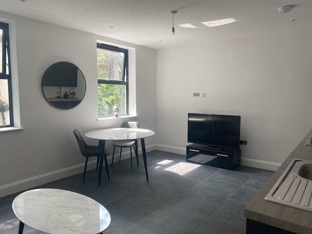 Modern Flat in the middle of South Croydon
