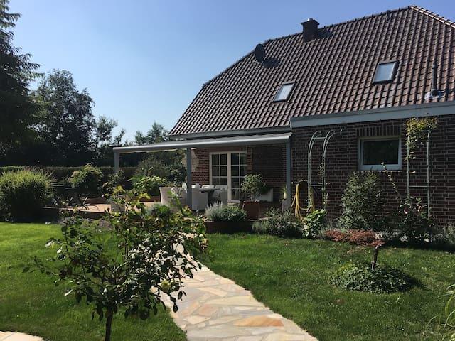 """""""White Cottage"""" schönes Zimmer Nähe Papenburg"""