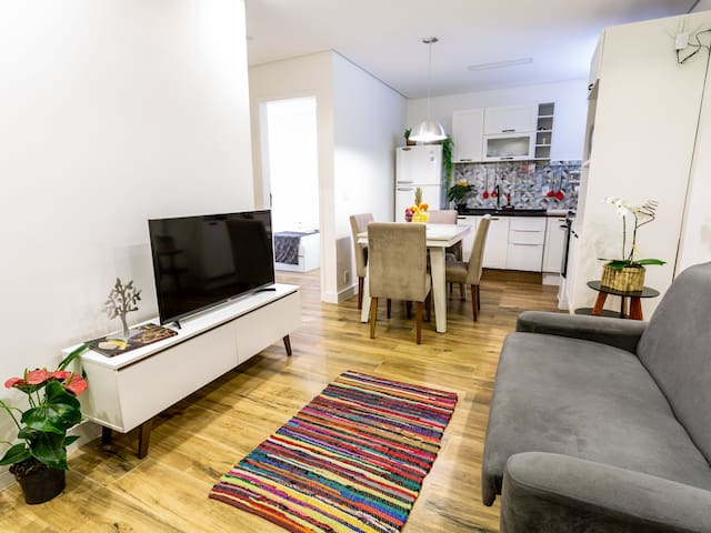Apartment 2 Bedrooms, Cozy at Sunset Square