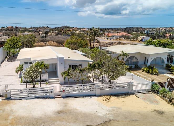Handpicked tips of The Googy Villas Aruba
