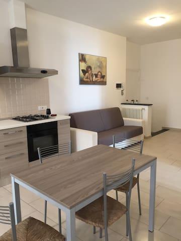 Appartamento Acquamarina (CITR 011017-CAV-0015)