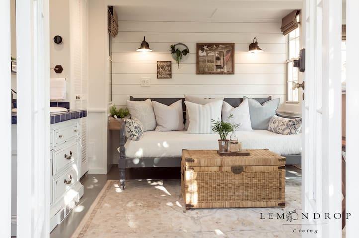The LEMONDROP Cottage