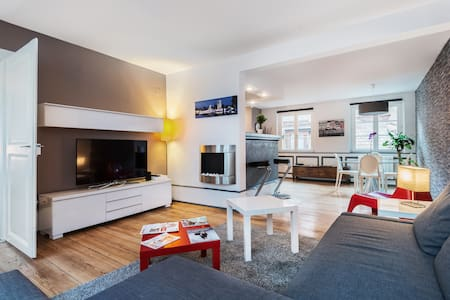 Modern flat by the Cathedrale