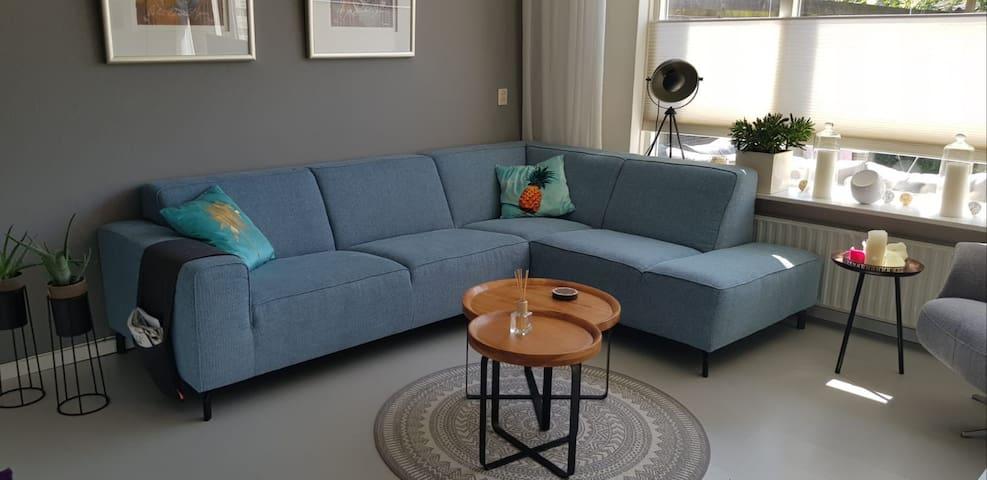 Comfortabel woonhuis, 20 km vanaf Groningen