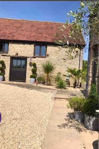 Barn conversion close to Bicester