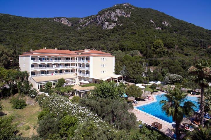 Agios Ioannis Parelia, Corfu的民宿