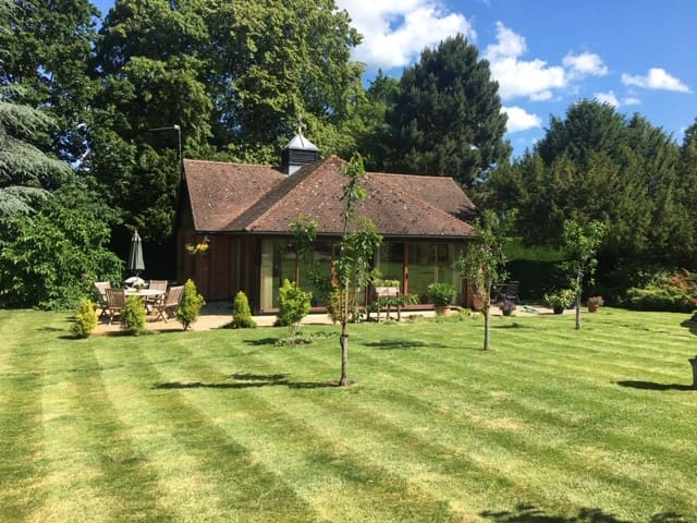 Beautiful cottage in the Waveney Valley