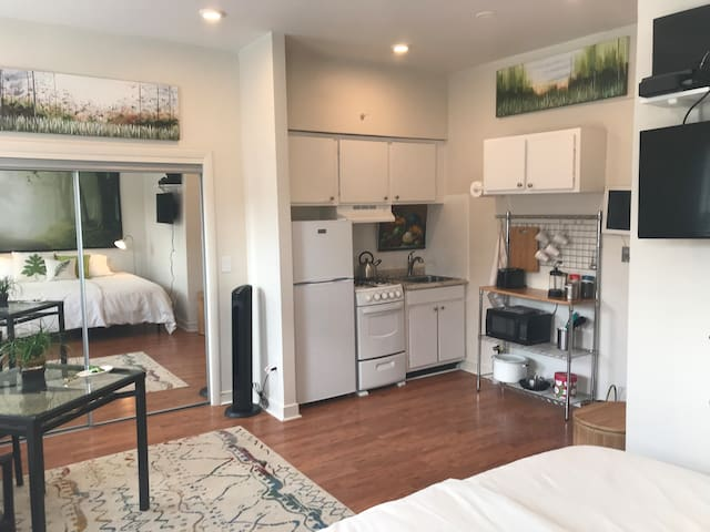 South End Studio clean +ready for your 90+day stay
