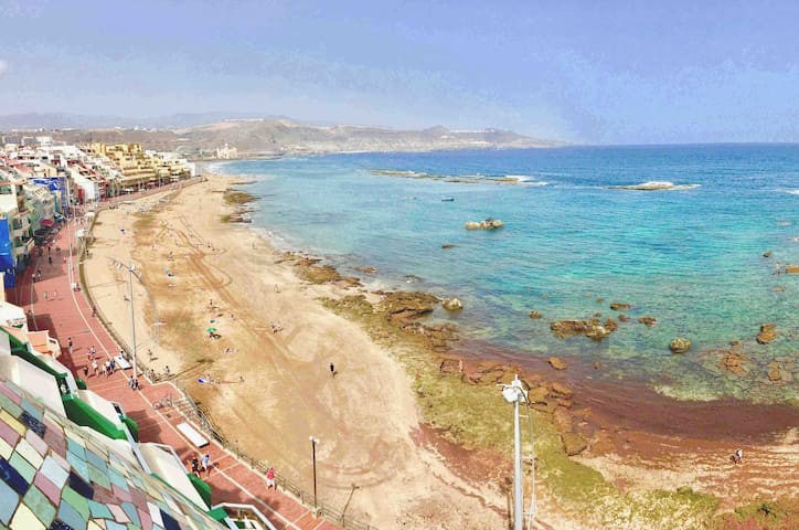 Apartamento 1ª línea en la playa Las Canteras