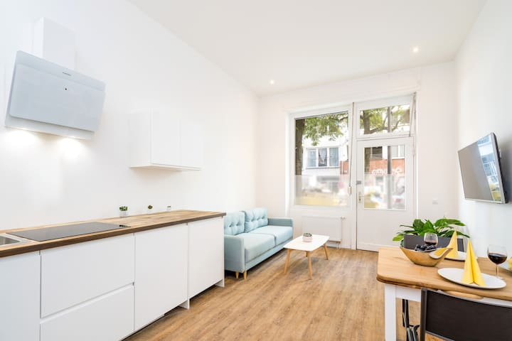 Bright and cozy flat in Friedrichshain