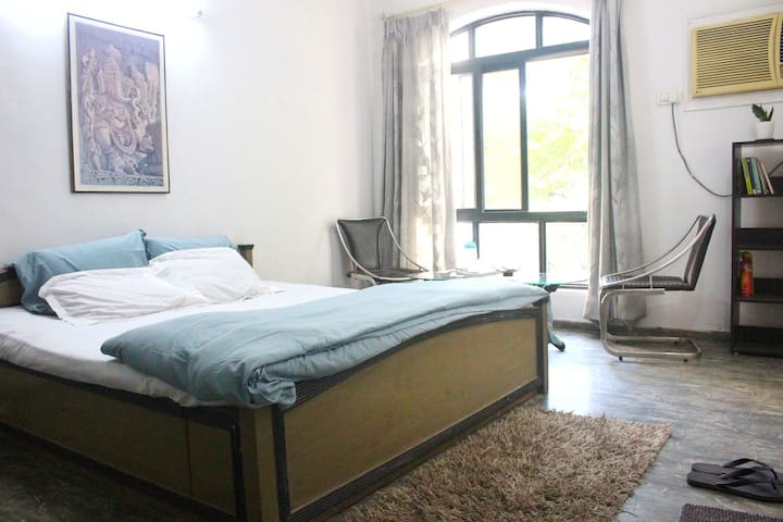 AC, Wifi Bedroom with Kitchen in Koregaon Park.