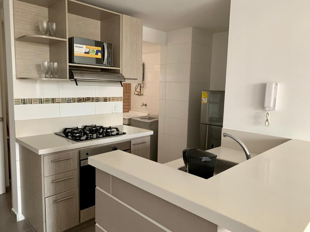 Moderno y cómodo apartamento en excelente zona