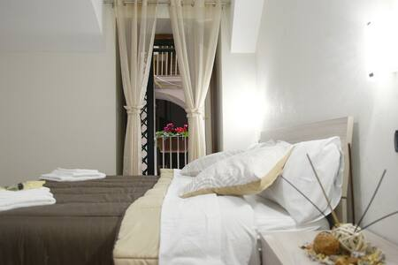 Montesanto group Capri house