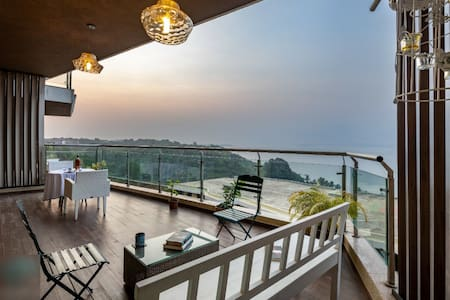 Luxury Sea view apartment at Dona Paula.