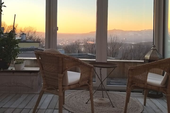 Bellevue Linz, access to jacuzzi