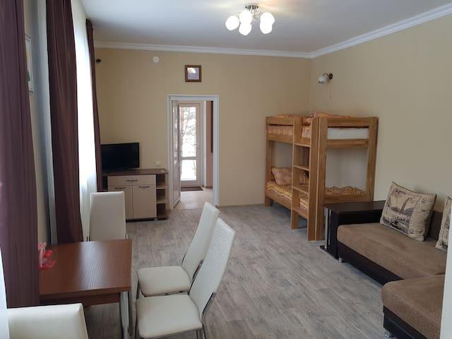 Kromskoy District的民宿