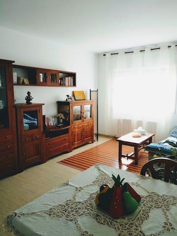 Acogedor apartamento.Desayuno completo incluido.