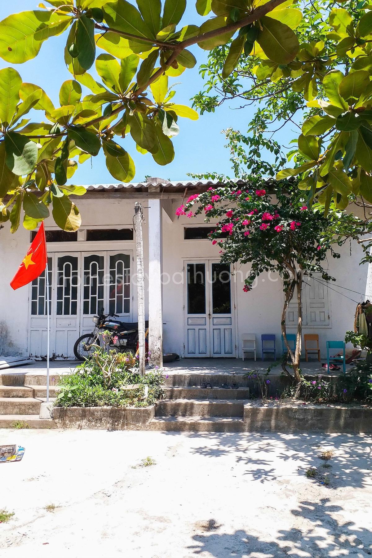 Vacation home- Cham island