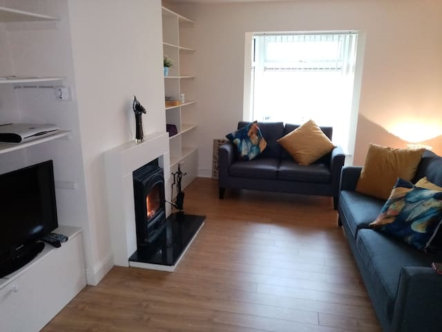 Entire town house situated in prime location.