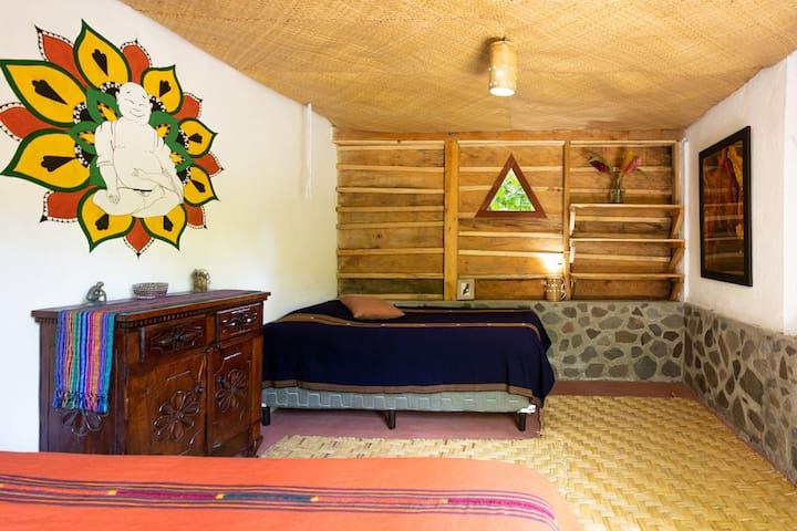 Casa Feliz 1 - Doron Yoga & Zen Center, Tzununa
