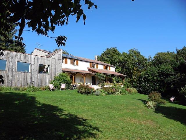 Détain-et-Bruant的民宿