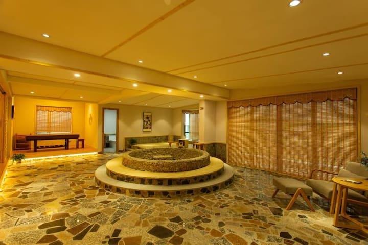 日式超豪华锶温泉水疗套房(1701房)