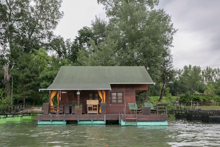 Morning Star River Retreat