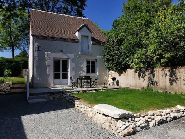 Châtillon-sur-Cher的民宿