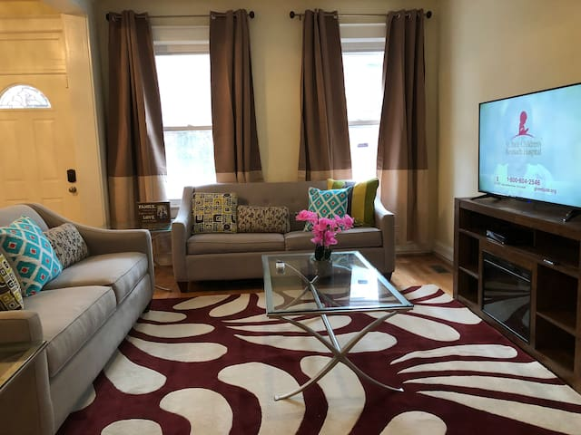 Cute, Brookland 3BR DC Home with FREE Parking