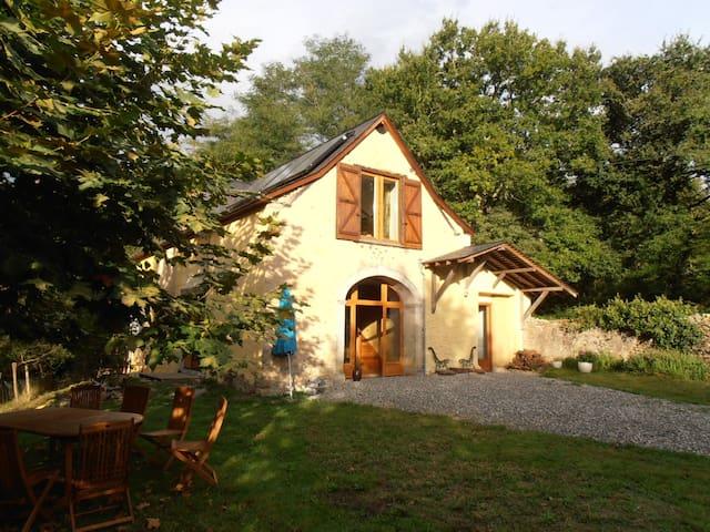 Féas的民宿