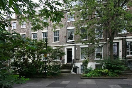 Renovated Apartment-Listed Building-Central&CLEAN