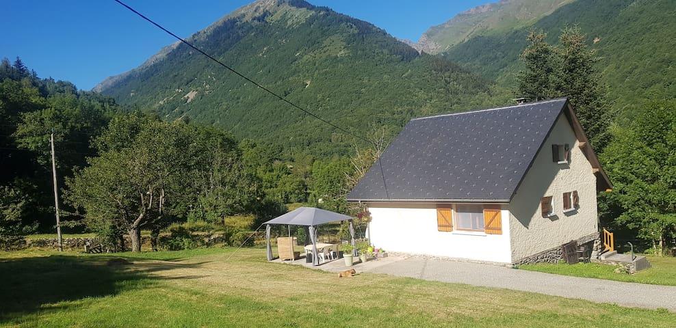 Mérens-les-Vals的民宿