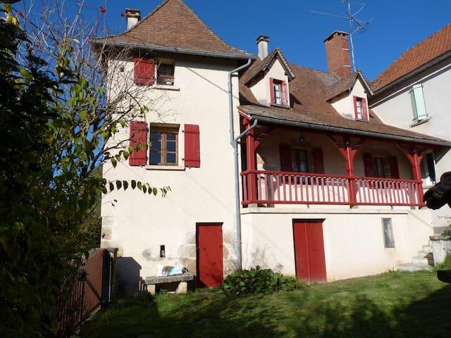Saint-Maurice-en-Quercy的民宿