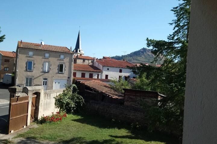 T1 à 8 mn d Issoire