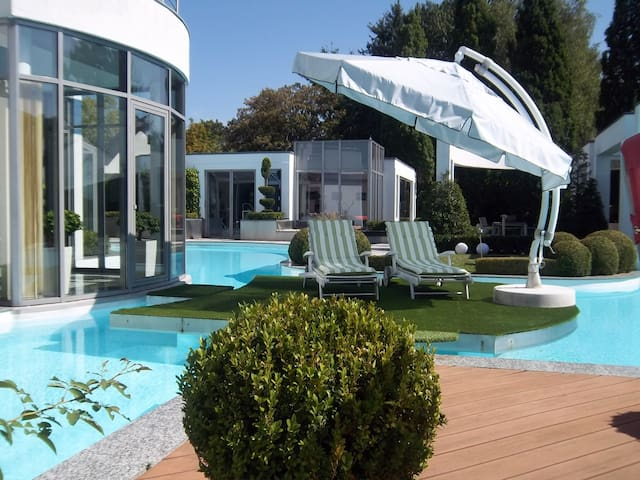 Tinyhouse Eifel Mosel inkl Pool, Gym und Whirlpool