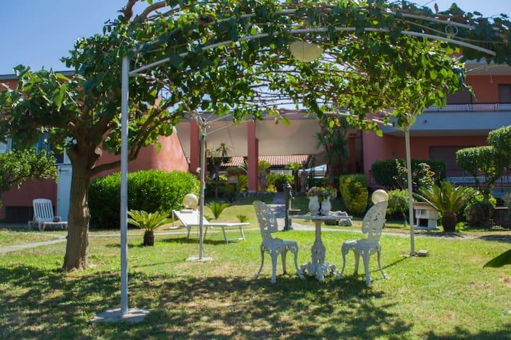 Santa Maria La Carità的民宿