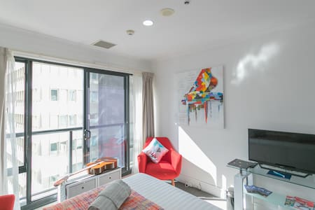 Queen St, Central, great price for perfect stay